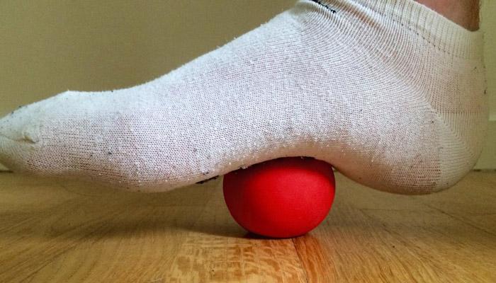 Öka din fotledsrörlighet med lacrossebollar