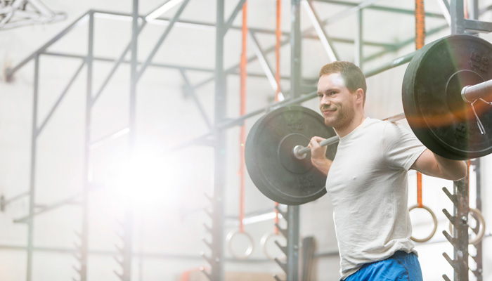 Högintensiv intervallträning efter styrketräning - effekt på styrka och hypertrofi